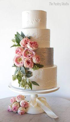 Featured Cake: The Pastry Studio; Wedding cake idea. #weddingcakes