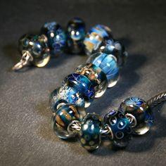 Artisan Lampwork beads for Trollbeads Anne Meiborg - Blue bead set www.annemeiborg.etsy.com