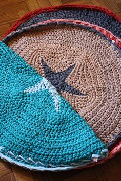 alfombras tejidas a mano via Gato Contento www.gatocontento.tiendanube.com