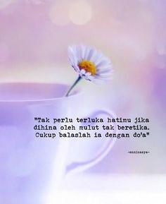 Bad Quotes, Funny Quotes, Life Quotes, Muslim Quotes, Islamic Quotes, Quotes Galau, Self Reminder, Quotes Indonesia, Insta Story