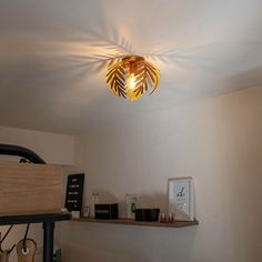 QAZQA botanica - Plafondlamp - 1 lichts - Ø 240 mm - Goud/messing Hallway Lighting, Flush Lighting, Bedroom Lighting, New Living Room, Living Room Kitchen, Ceiling Lamp, Ceiling Lights, Retro Vintage, Modern Ceiling
