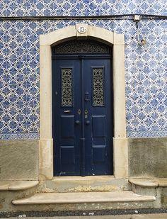 Aveiro Doors at No. 13 | Flickr: Intercambio de fotos