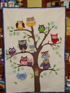 Owl family tree wall hanging quilt