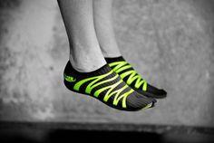 360 barefoot running shoe. zemgear. 2011.