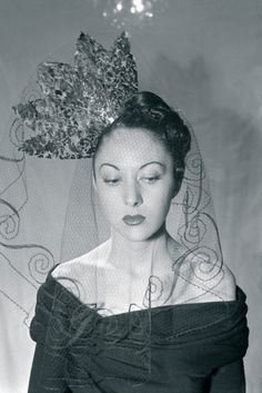 Madame Paulette veiled hat, Paris, 1946