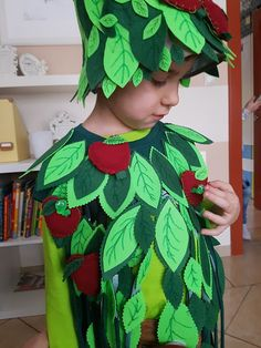 Apple tree costume without a sewing mashine