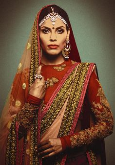 Sabyasachi Mukherjee at Fashion Design Council of India ( FDCI ) Indian Dresses, Indian Outfits, Indian Clothes, Sabyasachi Bride, Indian Fashion Designers, Red Lehenga, Indian Bridal Wear, Indian Couture, Bridal Outfits