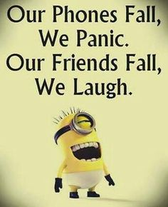 Funny Minion Joke – Phones vs. Friends… - Funny Minion Joke – Phones vs. Funny Minion Pictures, Funny Minion Memes, Funny School Jokes, Funny Disney Memes, Crazy Funny Memes, Really Funny Memes, Minions Quotes, Funny Facts, Funny Photos