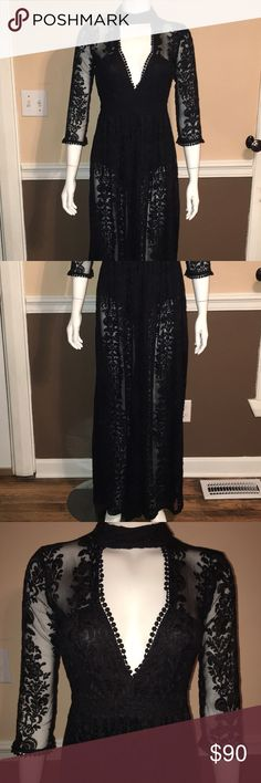 Nasty Gal lace maxi dress Original Nasty Gal, Black bodysuit lining, front lined. Please keep in mind that I do live with a smoker. However, I do my best to keep my items out of harms way. Nasty Gal Dresses Maxi
