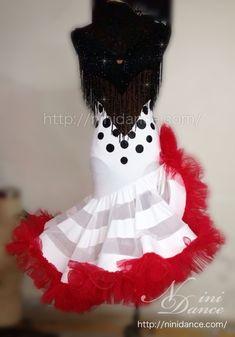 D159赤で縁どったボリューム裾が踊るドット柄ラテンドレス : 社交ダンスウェアNiniDance