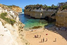 Australia's Great Ocean Road is a fascinating part of the world, stuccoed with brash orange beaches, a plethora of natural … Wonderful Places, Great Places, Beautiful Places, Amazing Places, Places Around The World, In This World, Around The Worlds, Melbourne Activities, Costa