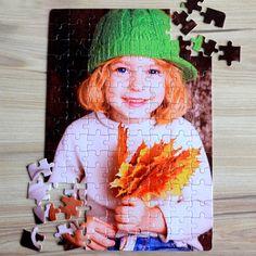 Nincs is annál jobb, mikor egy születésnap vagy névnap alkalmából összejön a család. Ilyenkor a legjobb időtöltés lehet a közös játék. Ajándékozzon egyedi képpel ellátott puzzle-t, melyet akár azonnal közösen ki is próbálhatnak. A fényképes puzzle anyaga karton, mérete 20x29cm és 120db-os.3 év alatti gyerekeknek nem ajánlott! Puzzle, Painting, Paper Board, Puzzles, Painting Art, Paintings, Painted Canvas, Drawings, Puzzle Games