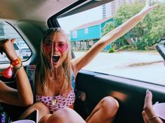 Summer Pictures, Beach Pictures, Summer Feeling, Summer Vibes, Festivals, Tumbrl Girls, Summer Goals, Jolie Photo, Summer Aesthetic