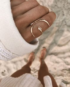 The most widespread of engagement customs is the groom presenting his bride-to-be to be with a ring. The majority of often, the engagement ring is a diamond ring. Nevertheless, diamonds are not the only gemstones used in engagement rings. Cute Jewelry, Jewelry Rings, Jewelry Box, Jewelry Accessories, Fashion Accessories, Fashion Jewelry, Stylish Jewelry, Gold Jewelry, Gold Bracelets
