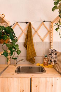 Home Room Design, Dream Home Design, House Design, Ikea Kitchen, Kitchen Interior, Kitchen Stories, Little Kitchen, Decorating On A Budget, House Rooms