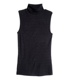 sleeveless turtleneck top