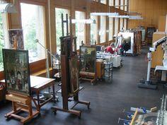 IRPA Bruxelles, atelier peinture Personal Training Studio, Workout Results, Drafting Desk, Art Images, Restoration, Shelves, Art Conservation, Furniture, Magic