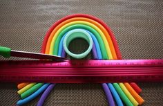 Gather your materials (add a ruler or straight edge to this list!) Knead in a little tylose powder to your coloured fondant. My ratio is tylose to of fondant. Roll ropes of fondant (now gumpaste!) to desired thickness. Keep one rope a. My Little Pony Cake, My Little Pony Birthday Party, Trolls Birthday Party, Unicorn Birthday, Troll Party, Rainbow Birthday, Cake Decorating Techniques, Cake Decorating Tips, Bolo Trolls