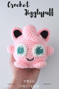 crochet amigurumi ideas Create your own DIY amigurumi pattern creating your own Jigglypuff from Pokemon from this free crochet pattern! Crochet Diy, Crochet Simple, Bonnet Crochet, Crochet Gifts, Crochet Dolls, Crochet Pillow, Autumn Crochet, Pokemon Crochet Pattern, Crochet Amigurumi Free Patterns