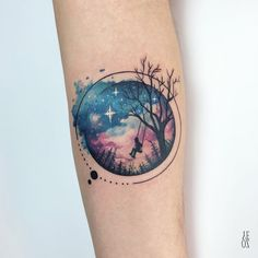 50 Gorgeous and Meaningful Tree Tattoos Inspired by Nature's Path cooles Aquarell Baum Tattoo © Tätowierer Yeliz Ozcan 💟💟💟💟💟 This. Trendy Tattoos, Cute Tattoos, Body Art Tattoos, Space Tattoos, Owl Tattoos, Feminine Tattoos, Henna Tattoos, Lion Tattoo, Awesome Tattoos