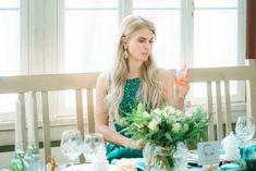 Emerald green color palette, sparklers, candles, flowers, Champagne, disko ball. Styled New Year inspired session — Hääkuvaus, lapsikuvaus, vastasyntyneen kuvaus, yrityskuvaus | Valokuvaaja Helsinki, Espoo, Vantaa, Porvoo, Sipoo, Hyvinkää, Turku Helsinki, Wedding Ideas, Wedding Dresses, Inspiration, Style, Fashion, Bride Dresses, Biblical Inspiration, Swag