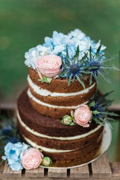Serenity & Rose Quartz Wedding Cake // Photography ~ Lisa Digliglio