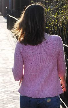 Corinne cardigan - (XS-3XL) - good pattern for short-rows practice - free Knitty pattern
