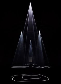 Anthony McCall: Between You and I                                                                                                                                                                                 Más