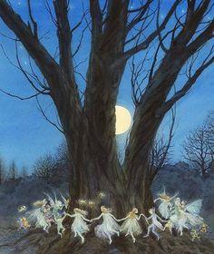 The Magic Faraway Tree Fantasy World, Fantasy Art, Fairy Ring, Love Fairy, Fairytale Art, Fairy Art, Magic Fairy, Magical Creatures, Dragons