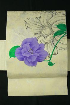 White and purple flower nagoya obi / 白色地 白と紫の大胆花柄 お太鼓柄名古屋帯   #Kimono #Japan  http://www.rakuten.co.jp/aiyama/