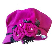 New hood with roses, beads and lace Hat Making, Headpieces, Roses, Beanie, Hats, Fashion, Moda, Fascinators, Pink