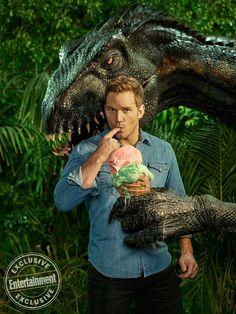 Jurassic World 2 Jurassic World Reino Ameaçado Bryce Dallas Roward Cris Pratt Chris Pratt Filme filmes cinema produtor Frank Marshall O que faz um produtor de cinema PodPOP IMAX estreia em cartaz programação cinema podcasts cinema canal de youtube sobre cinema youtube cinema bastidores