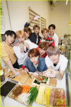 NCT 127 Get A Kimbap Cooking Lesson in LA! (Exclusive)