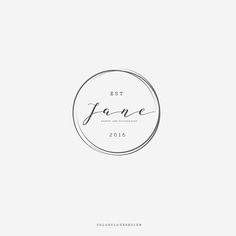 round logo design minimalist logo feminime premade logo