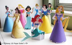Disney Princess 3D Paper Dolls - by Disney Family   Photo and Models Assembled by Finding.Time.To.Create.Blogspot.Com  In Disney Family website you will find ten princesses from Disney classic movies. Girls will love these!