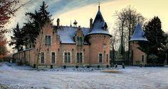 Winter castle 21445Winter Castle wallpaper