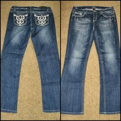 Soundgirl Decorative 5-Pocket Bootcut Jeans sz 15 Juniors' size 15 slightly flared bootcut jeans, nice medium blue wash, factory distressing and wear for the worn-in rocker type of look. Pocket style is similar to white faux leather & studded Miss Me designs. Stretchy, curve-friendly, 68% cotton, 30% polyester, 2% spandex. Brand new, only ever tried on, never worn. Soundgirl Jeans Boot Cut