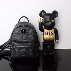 Mcm mini backpack + BTS Bearbrick   Instagram @modernbanks