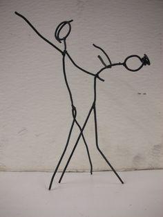 scultura in ferro dimensione cm.20