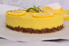… or you can call it raw vegan lemon cheesecake! No matter how you are going to name this raw vegan recipe, if you are one of those who like citrus fruits in desserts, this is probably one of… Vegan Recipes Easy Healthy, Raw Vegan Desserts, Vegan Dessert Recipes, Vegan Cake, Raw Food Recipes, Greek Recipes, Summer Pie, Sweet Pie, Lemon Cheesecake