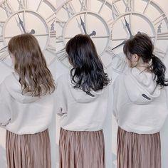. . 劇的Before→After→Arrange . . Cut:量が増えて広がってしまっていたので 毛量調整をしてボリュームをダウンさせました✂︎そして前髪は軽めで流しやすく✂︎ Color:黄色味を飛ばしてブリーチ無しのスノーブルーに💙 Arrange:わたポニー💫✨… Japanese Hairstyle, Tulle, Skirts, Fashion, Moda, Fashion Styles, Japanese Hairstyles, Tutu, Skirt