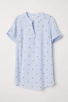 H&M MAMA Blouse - Blue Cute Fashion, Kids Fashion, Fashion Ideas, Women's Fashion, Korean Fashion Office, Office Blouse, Mama Cloth, Stitch Fix Outfits, Kinds Of Clothes