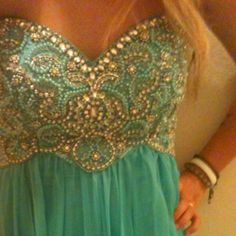 The beading emily_vick Material Girls, Classy And Fabulous, Beautiful Gowns, Fashion Details, Playing Dress Up, Dress Me Up, Prom Dresses, Bridesmaid Dress, Passion For Fashion