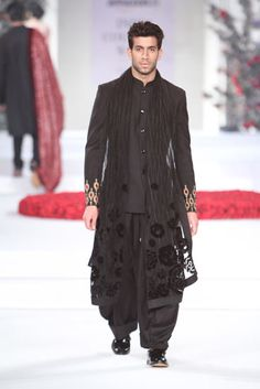 VARUN BAHL 2015 collection INDIA COUTURE WEEK