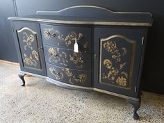Dry Brushing, Refurbished Furniture, Queen Anne, Sideboard, Don't Forget, Drawers, It Is Finished, Hand Painted, Doors