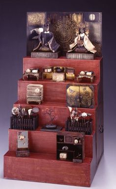 Things I Love: Mariko Kusumoto, Hinamatsuri.  I only discovered her work a couple months ago and I'm so delighted by the detail and layers of her sculptures.