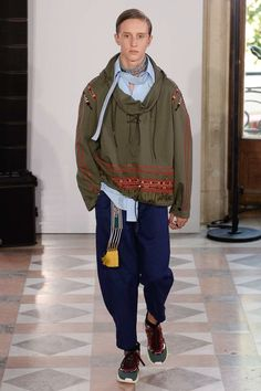 Valentino Spring 2018 Menswear Collection Photos - Vogue
