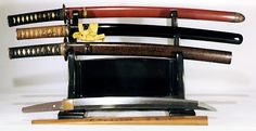 "IMAGES OF JAPANESE WEAPONS | Wakazashi - Swords withblades 12"" to 24"""