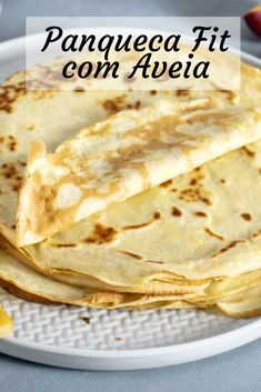 8 Fit Pancake Recipes - Receitas fáceis, saborosas e saudáveis - comida saudável - Healthy Recepies, Healthy Menu, I Love Food, Good Food, Low Carp, Low Carb Recipes, Cooking Recipes, Pancake Recipes, Easy Meals