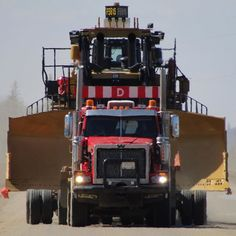 Heavy Duty Trucks, Big Rig Trucks, Heavy Truck, Semi Trucks, Mining Equipment, Heavy Equipment, Maximum Overdrive, Western Star Trucks, Caterpillar Equipment